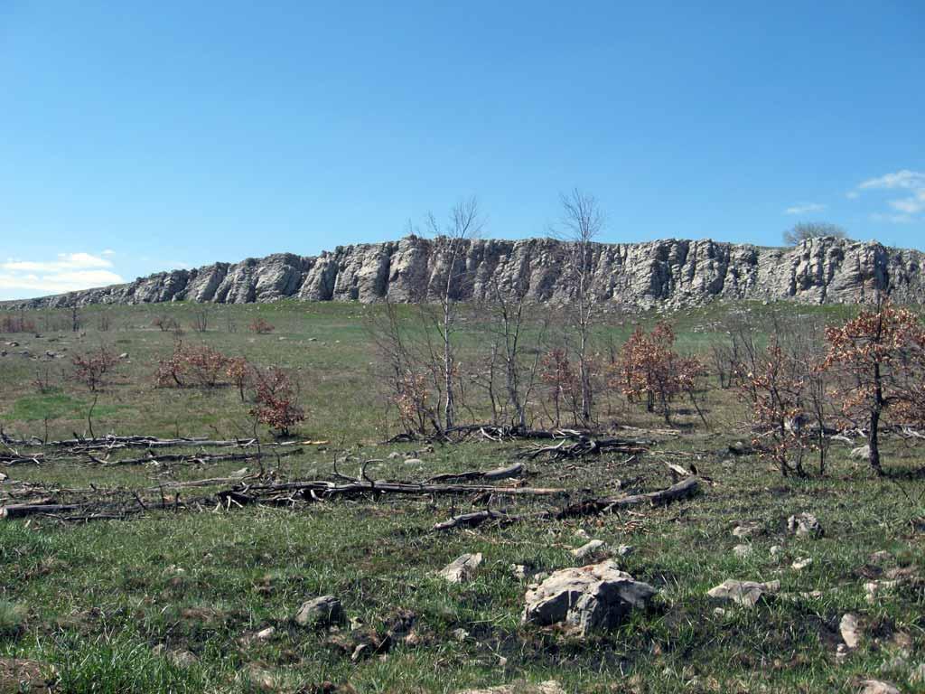 Скальные выступы на плато Демирджи