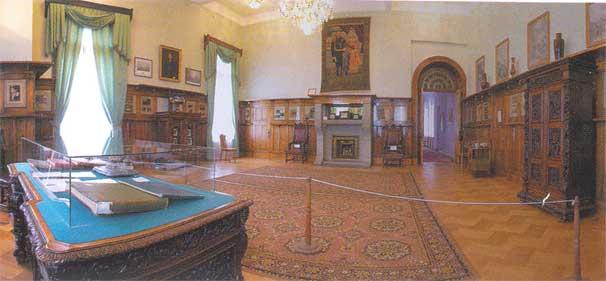 Рабочий кабинет императора в Ливадийском дворце