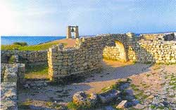 Руины средневекового города