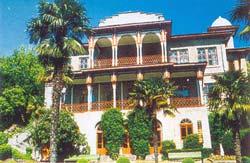 дворец «Карасан» князей Раевских