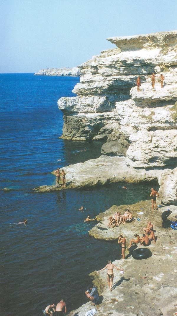 прыжки со скалы на Тарханкуте